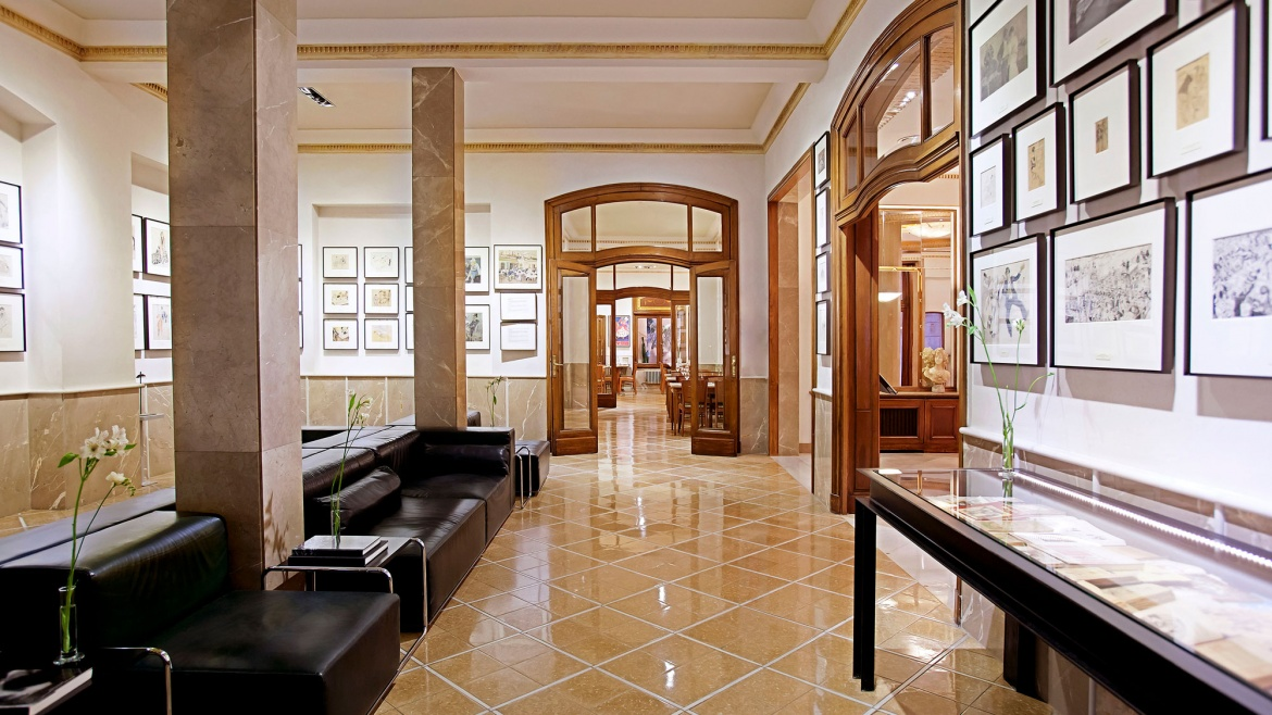 Opisso Art Collection at Hotel Astoria - Art route in Barcelona