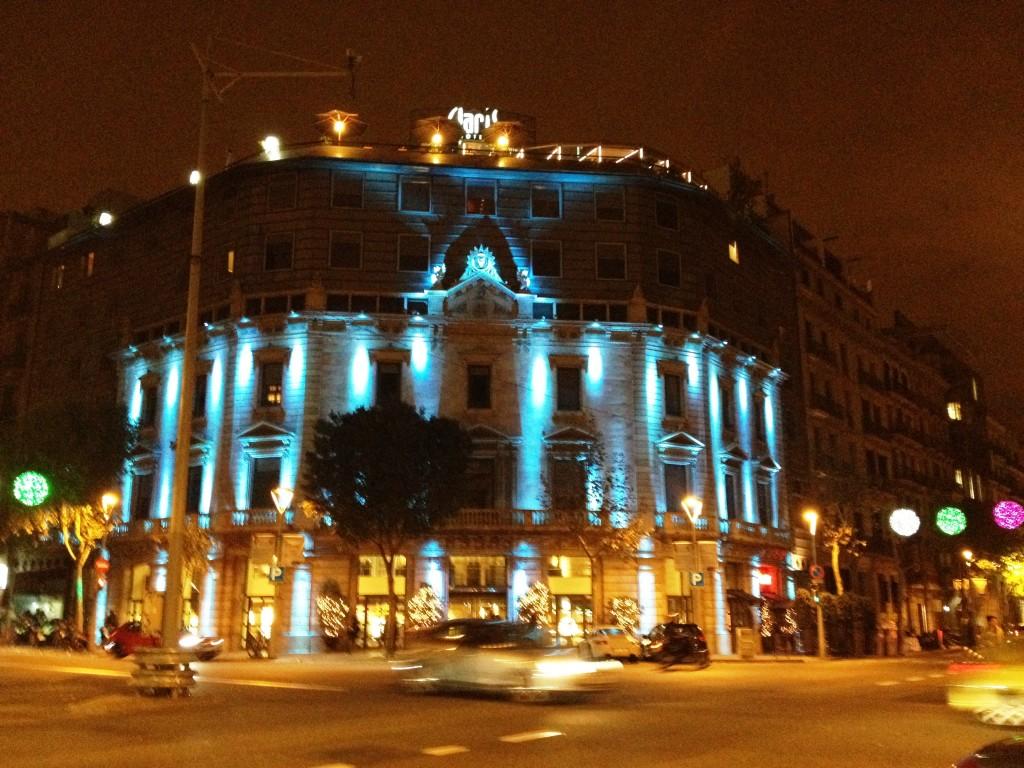 Hotel Claris - Fachada Navidad
