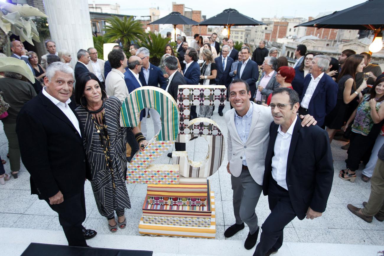 Jordi Clos con su mujer, Joaquim Clos y Jordi Camps
