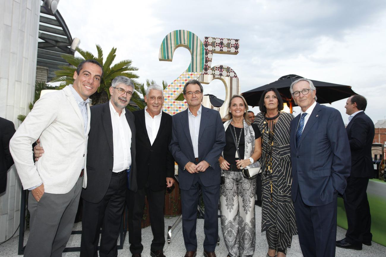 Joaquim Clos, Agustí Colom, Jordi Clos, Artur Mas, Helena Rakosnik, Montse Casellas y Xavier Trias