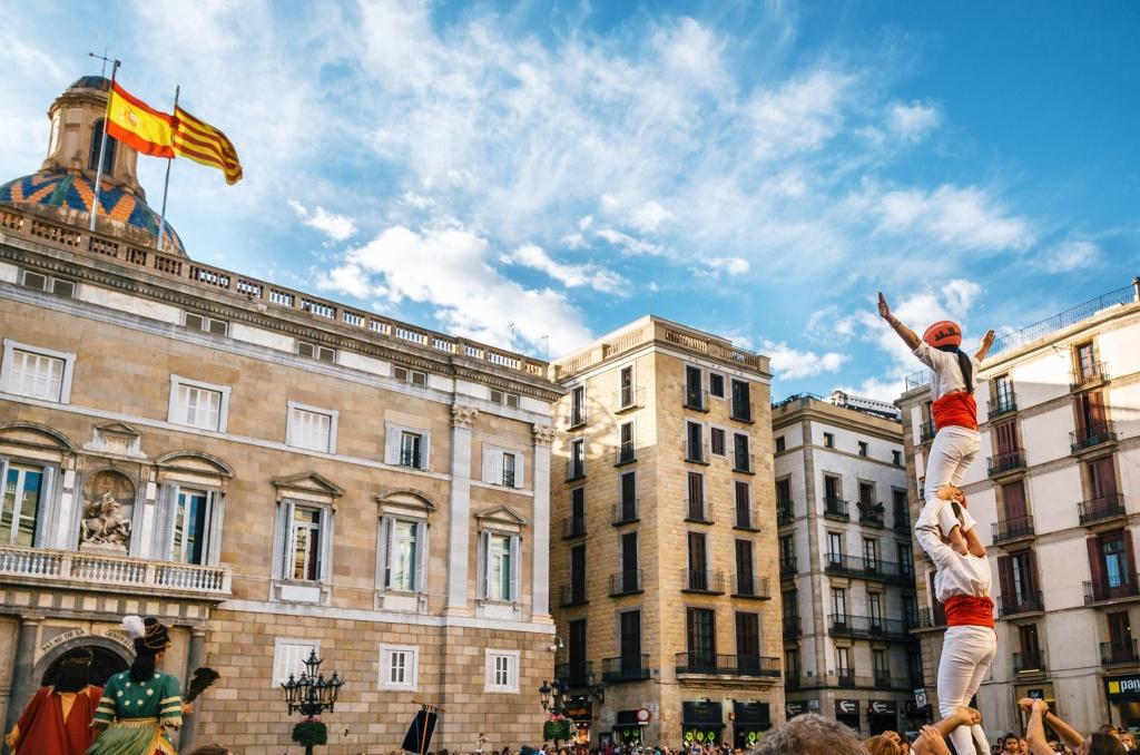 La Mercè Fiesta Mayor Barcelona Septiembre Derby Hotels Collection castellers