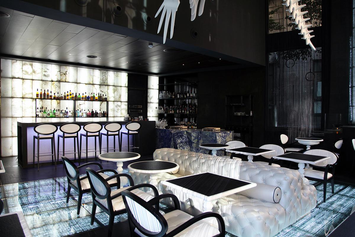 Glass - Restaurant