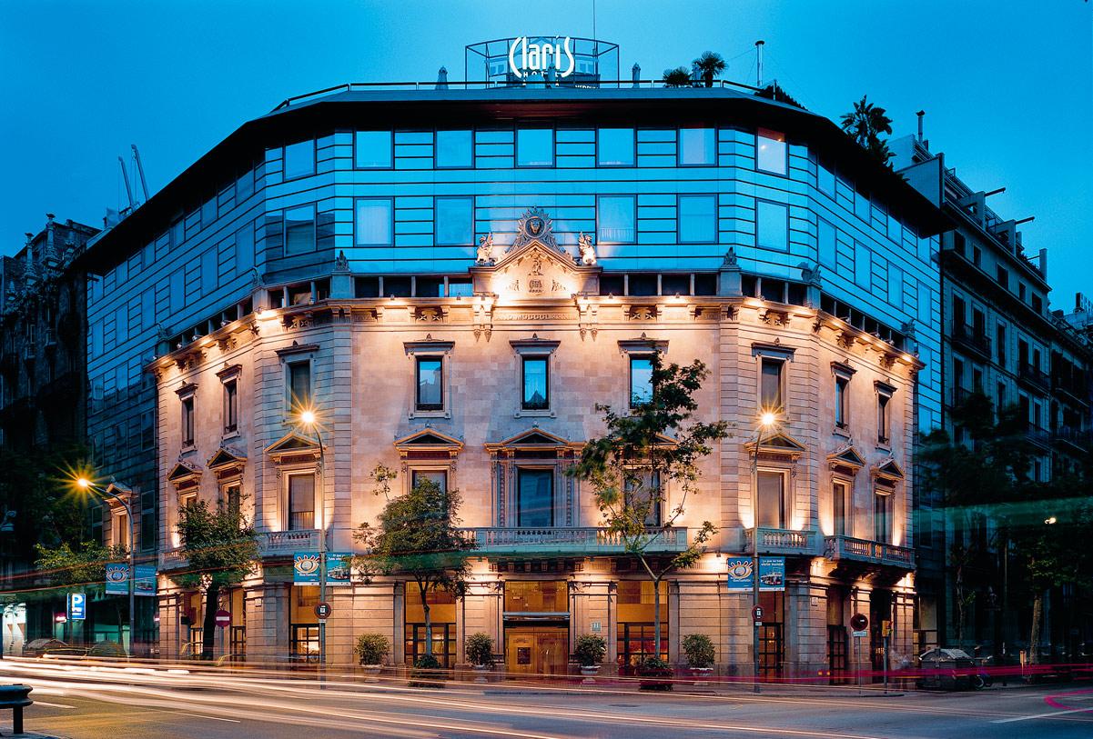 Exterior view Hotel Claris