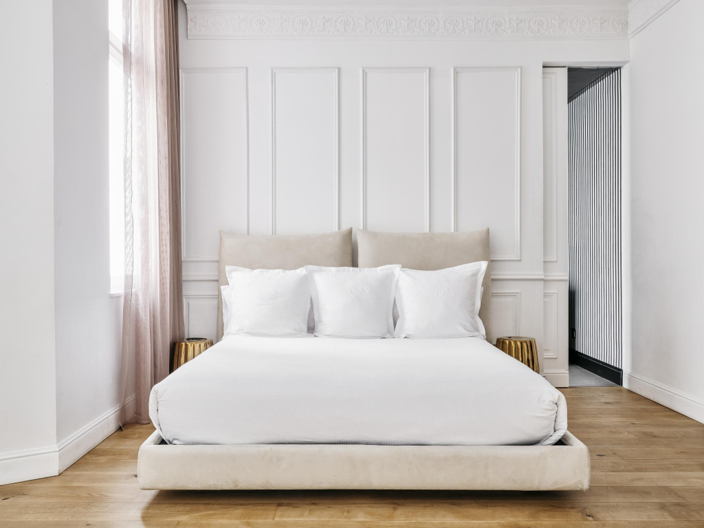 bedroom, luxury, design, decoration, derby hotels collection, paris, hotel banke