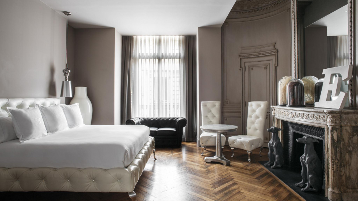 bedroom, luxury, design, decoration, derby hotels collection, hotel claris, Barcelona, art, interior design, chambre