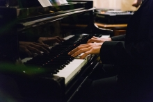 Pianista - Arte costumbrista Hotel Astoria