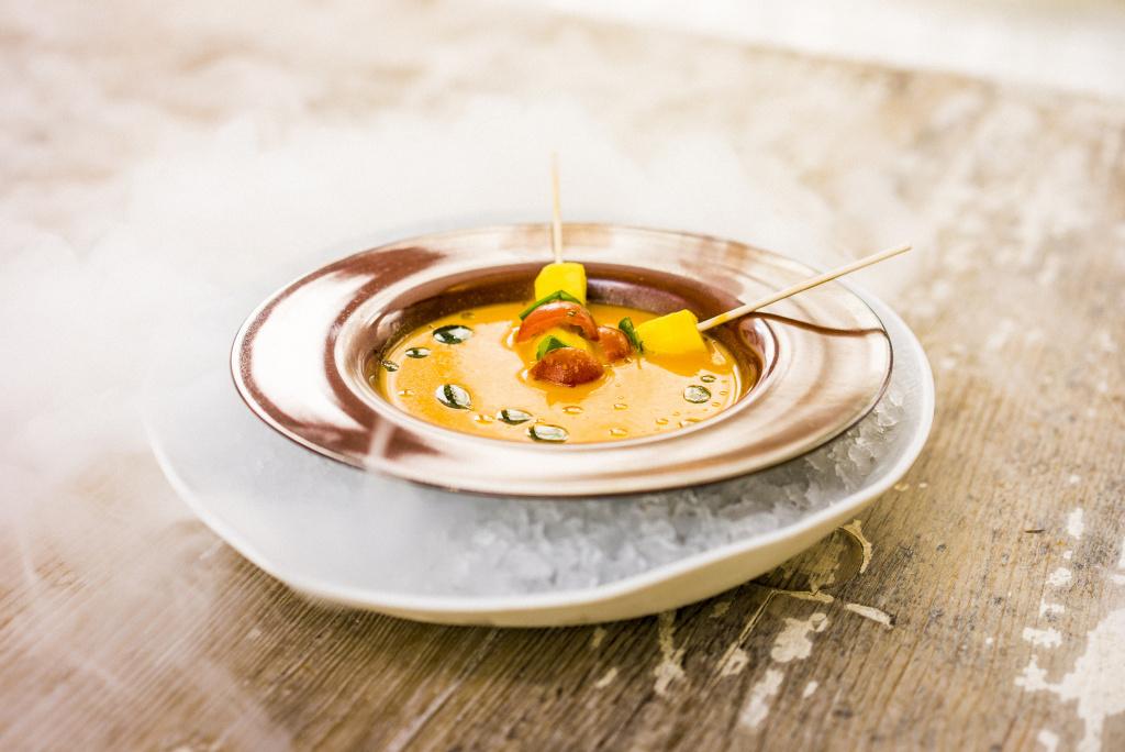 gazpacho, receta, verano, recetas de verano, chef del mar, Hotel Claris, La Terraza del Claris, Derby Hotels Collection