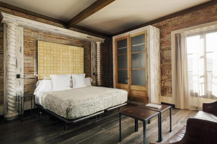 Chambres Deluxe Triples A Barcelone Hotel Barcelona Arai